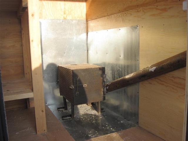 Купить строительную бытовку с печкой и дымоходом в Самаре
